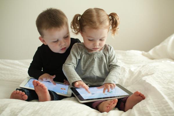 Стоит ли покупать ребенку планшет?