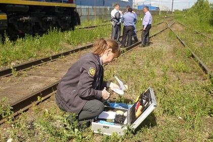 Лица, которые отвечают за безопасность движения поездов!