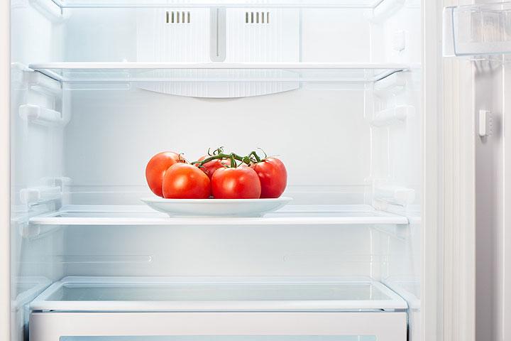 Генетики объяснили вред холодильника для вкуса помидоров