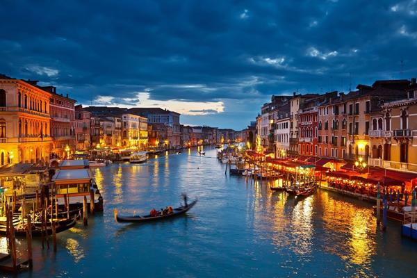 Венеция затоплена или построена на островах?