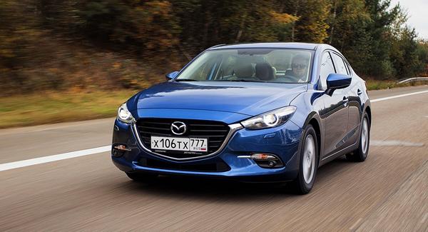 Первый тест-драйв Mazda3: Машина, которая прощает