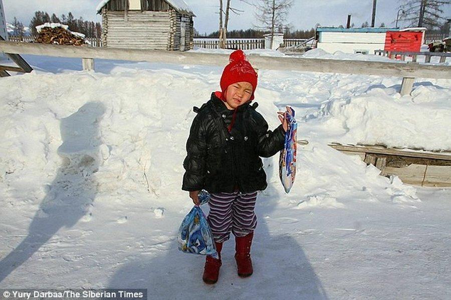 Четырёхлетняя девочка привела помощь через морозную тайгу