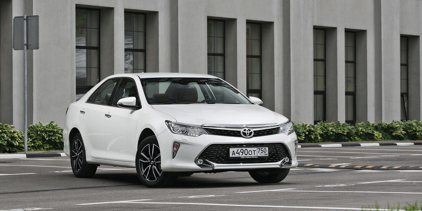 Маршрут построен: что нужно знать об обновленной Toyota Camry