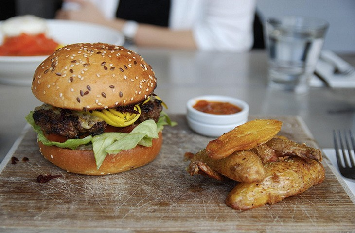 Бургер: история блюда, покорившего весь мир