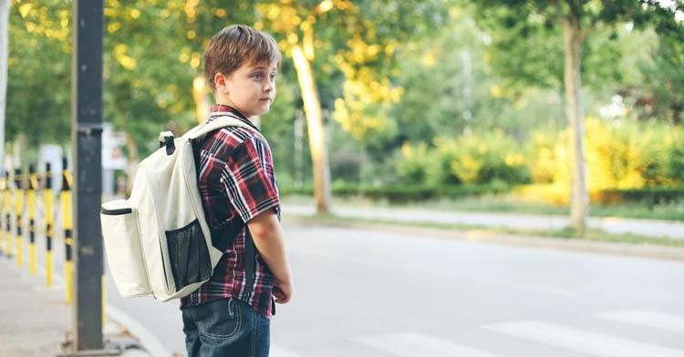 Почему «воспитание улицей» для детей не так уж и плохо