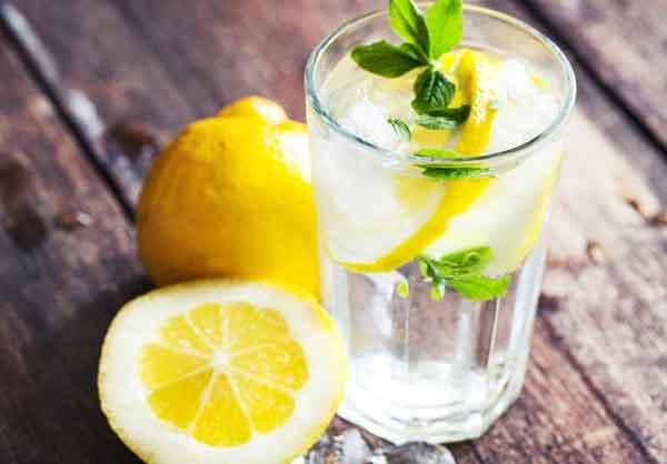 Вода с добавками против лишних кг