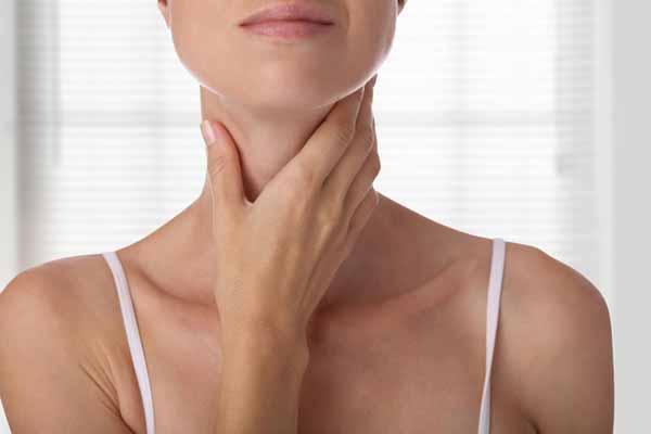 8 распространенных привычек, от которых стоит отказаться, чтобы сохранить здоровье щитовидки
