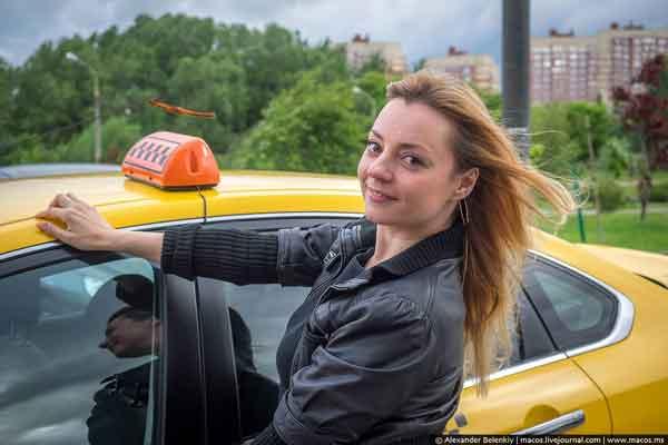 Таксистка (рассказ)
