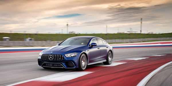Первым классом. Тест-драйв Mercedes-AMG GT
