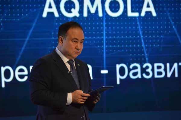 Малик Мурзалин провел отчетную встречу с жителями Акмолинской области