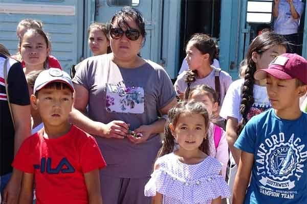 145 детей из Арыси прибыли в Бурабайский район