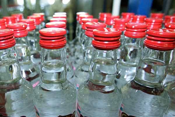 Реализация этилового спирта и алкогольной продукции
