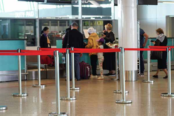 Об отмене регистрации временно прибывших иностранцев